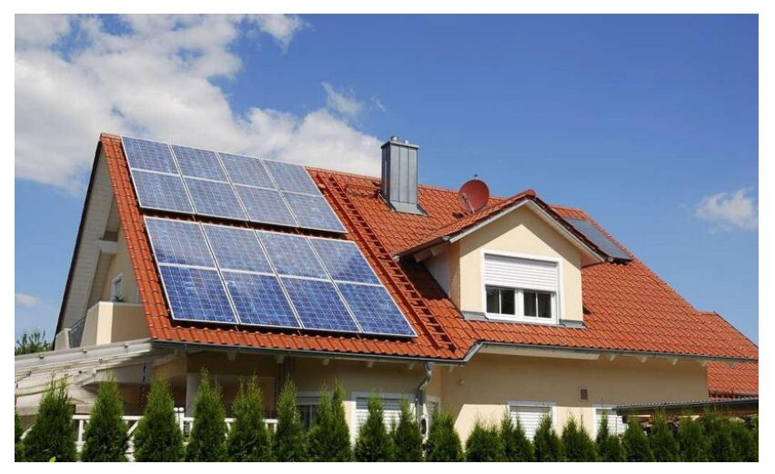 What Photovoltaic Modules are used in the Sunshine House?